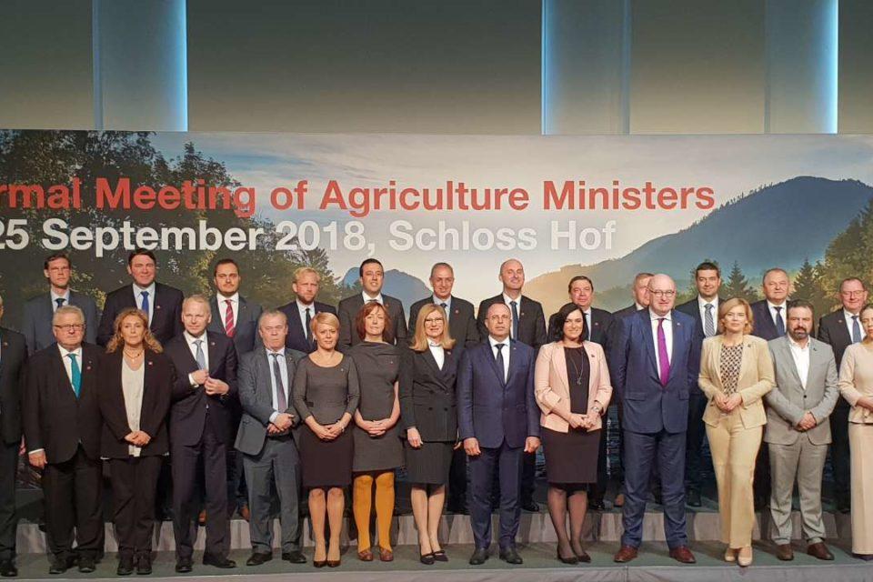 Министър Порожанов: Водим ключови преговори за финализирането на новата ОСП след 2020 г.