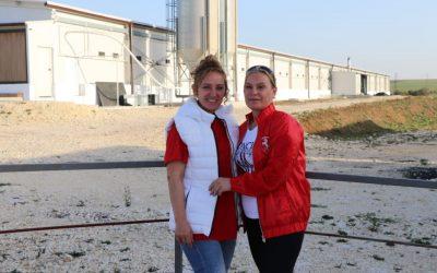 Две амбициозни сестри изградиха на гола поляна супермодерна птицеферма