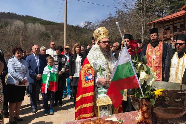 Министър Порожанов: В момента се реализират проекти за 25 млн. евро за възстановяване на манастири и църковни храмове по ПРСР