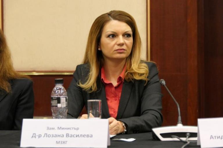 Лозана Василева: Другата седмица може да бъде отворен приемът по 6.3