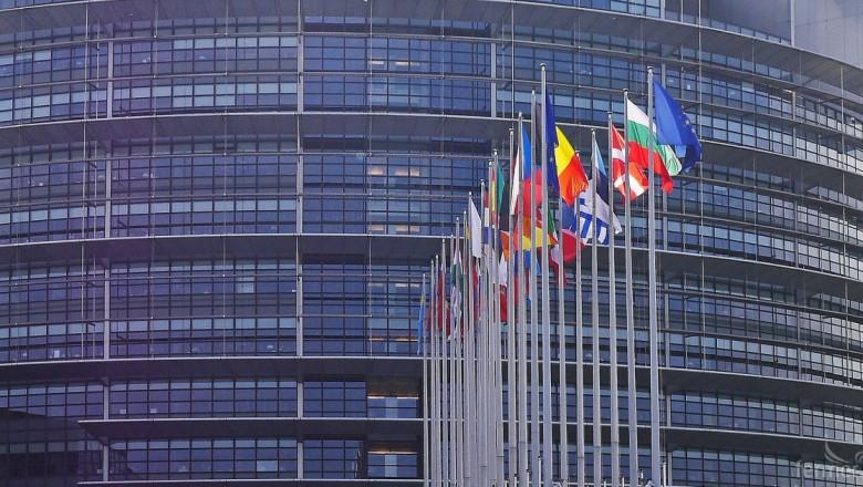 На 5 ноември, членовете на Комитета по земеделие на Европейския парламент в Брюксел изказаха критични мнения към преходните мерки, предложени от Европейската комисия относно Общата селскостопанска политика (ОСП)
