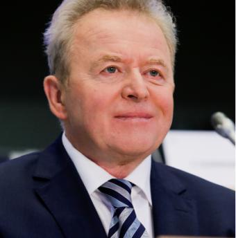 Комисарят по земеделие Януш Войчeховски иска да види нова Обща селскостопанска политика до края на годината